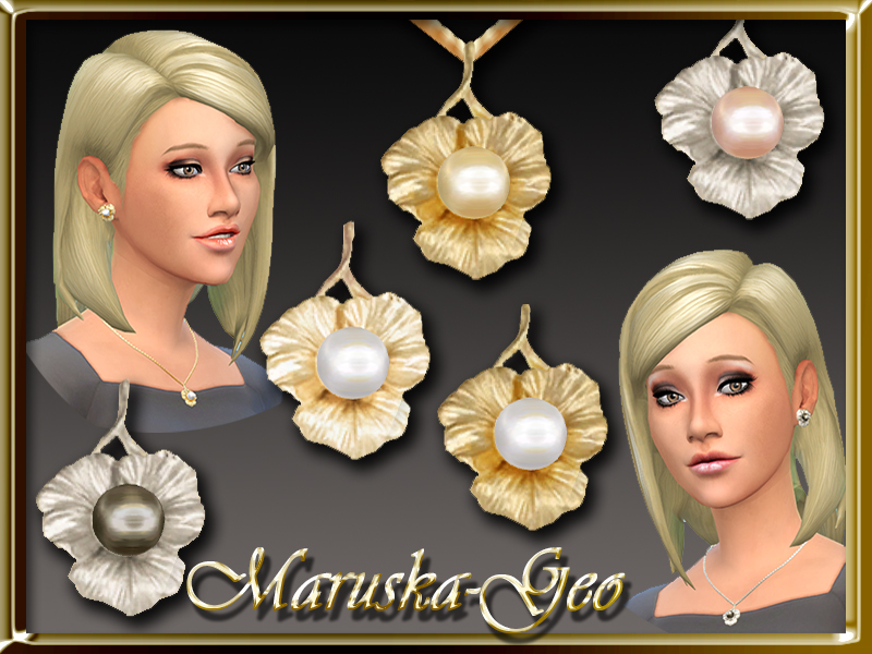 Pearls necklace and earrings at Maruska-Geo