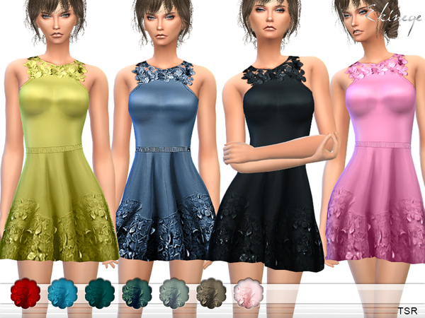 Flower Applique Dress by ekinege