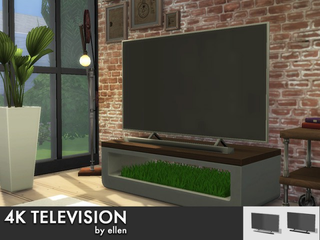 4k Television with and without soundbar by Ellen