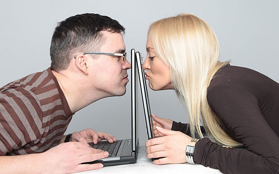 Definition of catfishing you should know if you date online