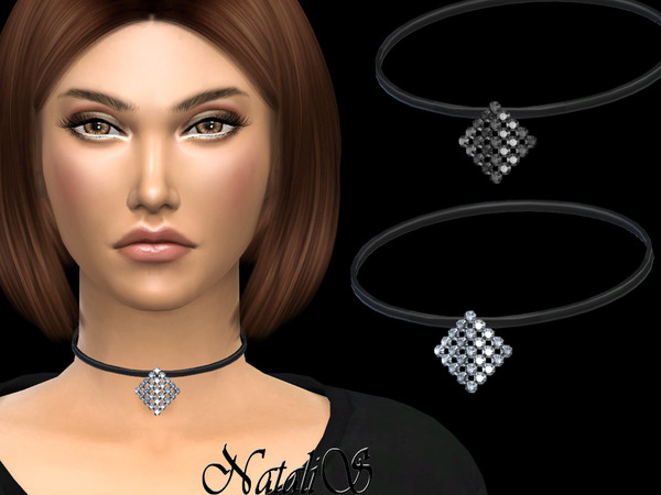 NataliS_Curved square crystal choker